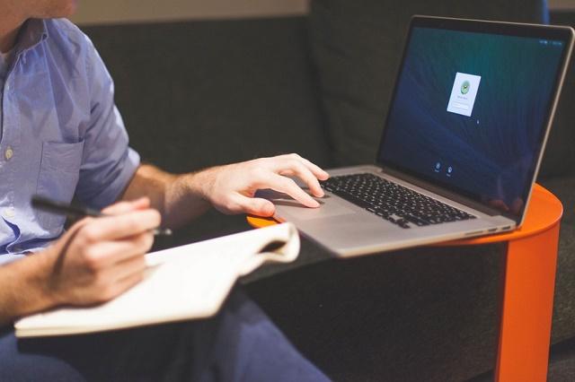 man-notebook-notes-macbook-large